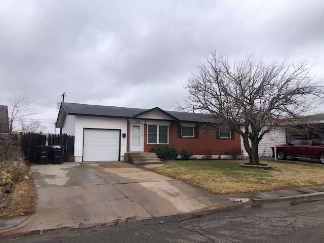 2708 Queensbury Road, Moore, Oklahoma, 73160