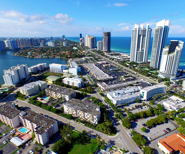 Sunny Isles Beach FL Community Information by Balisteri Real Estate