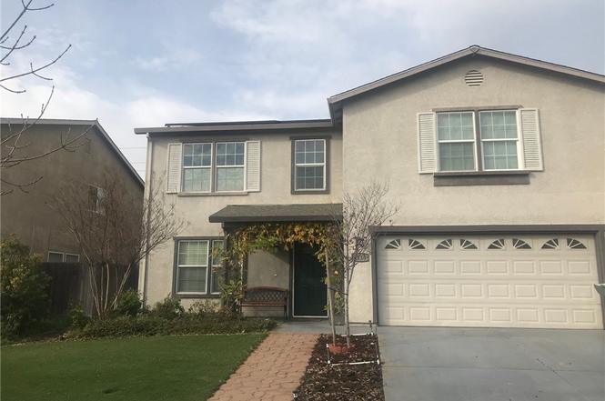 5 bedrooms, 2.5 bath North Merced Home in established neighborhood. Close to UC Merced, College and shopping. Great for students – Solar panel monthly credit toward PGE included.  1 year lease required. Tenant responsible for W/S/G and all other utilities. No Section 8. No Pets