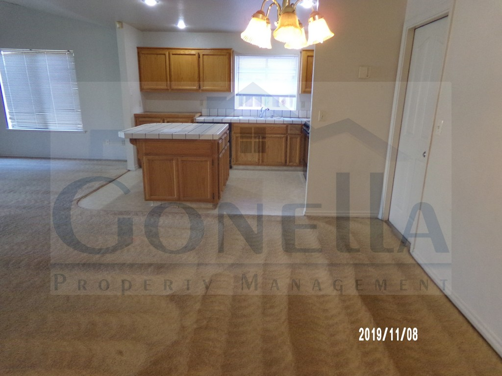 Rent $1300 Deposit $1300 2964 Lucich Ct (W Olive, continue onto Santa Fe Dr, Left on Beachwood, Right on Dan Ward, Left on Franklin, Left on Lucich) 1,694 sq ft, new flooring and new paint throughout. Living room, kitchen with island and dining room. Attached 2 car garage. Landscaped front and back.  No pets.  Credit Check required = $20 processing fee per applicant (Payable by cashiers' check or money order) All tenants are required to obtain renters insurance of at least 50K prior to signing lease.