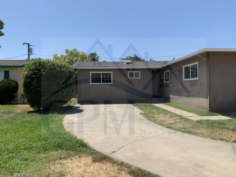 2383 Shaffer (on Shaffer between Menlo and Center Street)1676 sf  Living room,  family room, kitchen with dinette, bonus room/den, indoor laundry room, storage shed No Pets Credit Check required = $20 processing fee per applicant (Payable by cashiers' check or money order) All tenants are required to obtain renters insurance of at least 50K prior to signing lease. FOR MORE INFORMATION – CALL GONELLA PROPERTY MANAGEMENT AT (209)383-6277!  Gonella Property Management DRE#01103054