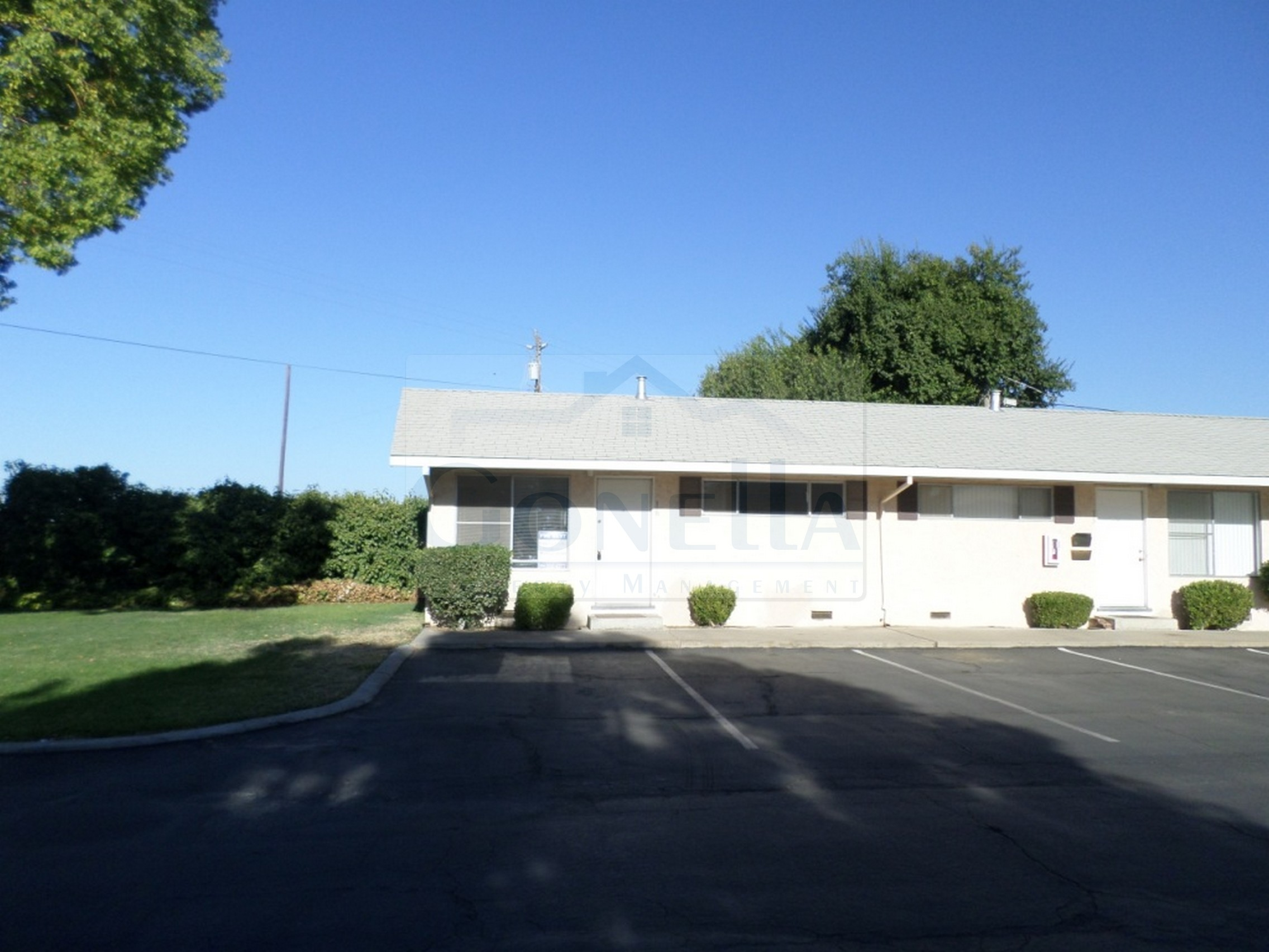 6910 N Santa Fe #16-Winton (W Olive Ave, Santa Fe Dr) One bedroom apartment with living room and dinette. ONSITE LAUNDRY ROOM. NO PETS!   Credit Check required = $20 processing fee per applicant (Payable by cashiers  check or money order) All tenants are required to obtain renters insurance of at least 50K prior to signing lease. FOR MORE INFORMATION   CALL GONELLA PROPERTY MANAGEMENT  209-383-6277  Gonella Property Management DRE#01103054