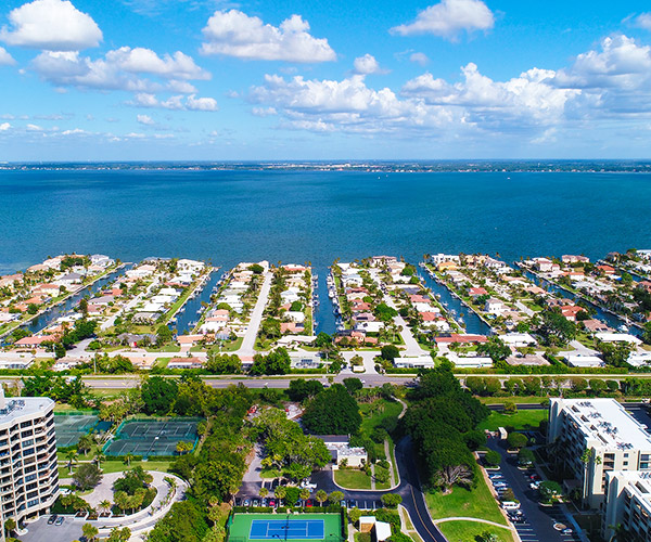 Sarasota FL Community Information and Real Estate Listings