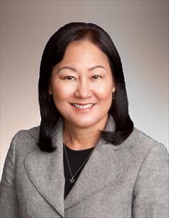 Roxane Shintaku
