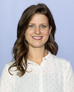 Lisa E Roth