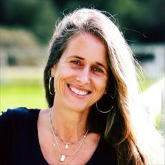 Gina C Carling