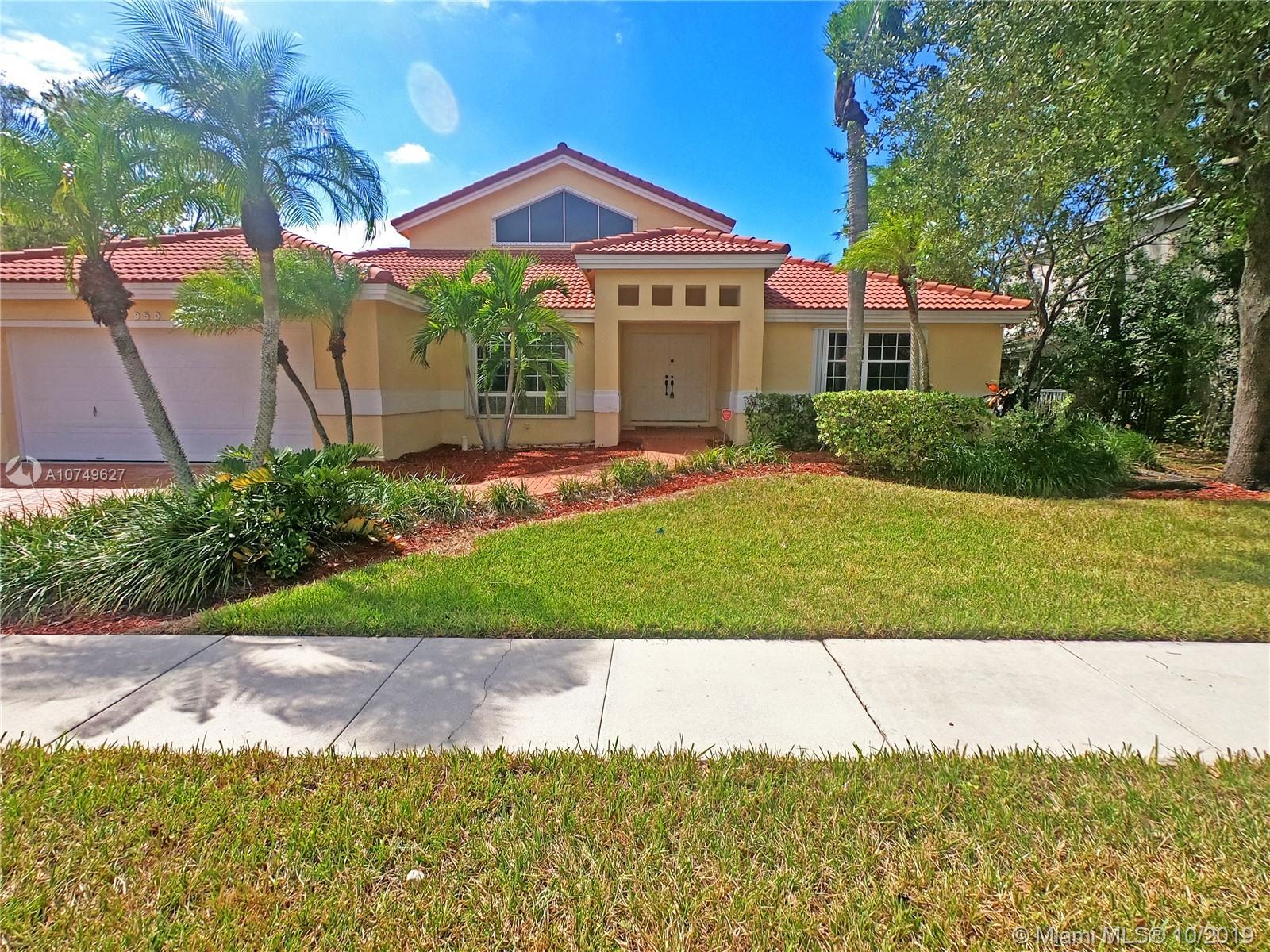 950 NW 203rd Ave Pembroke Pines, FL 33029    $518,000