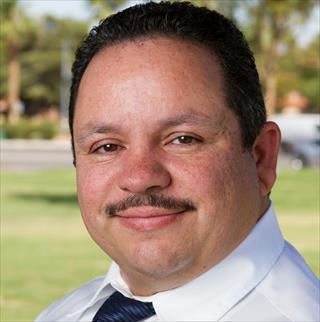 Robert Martinez