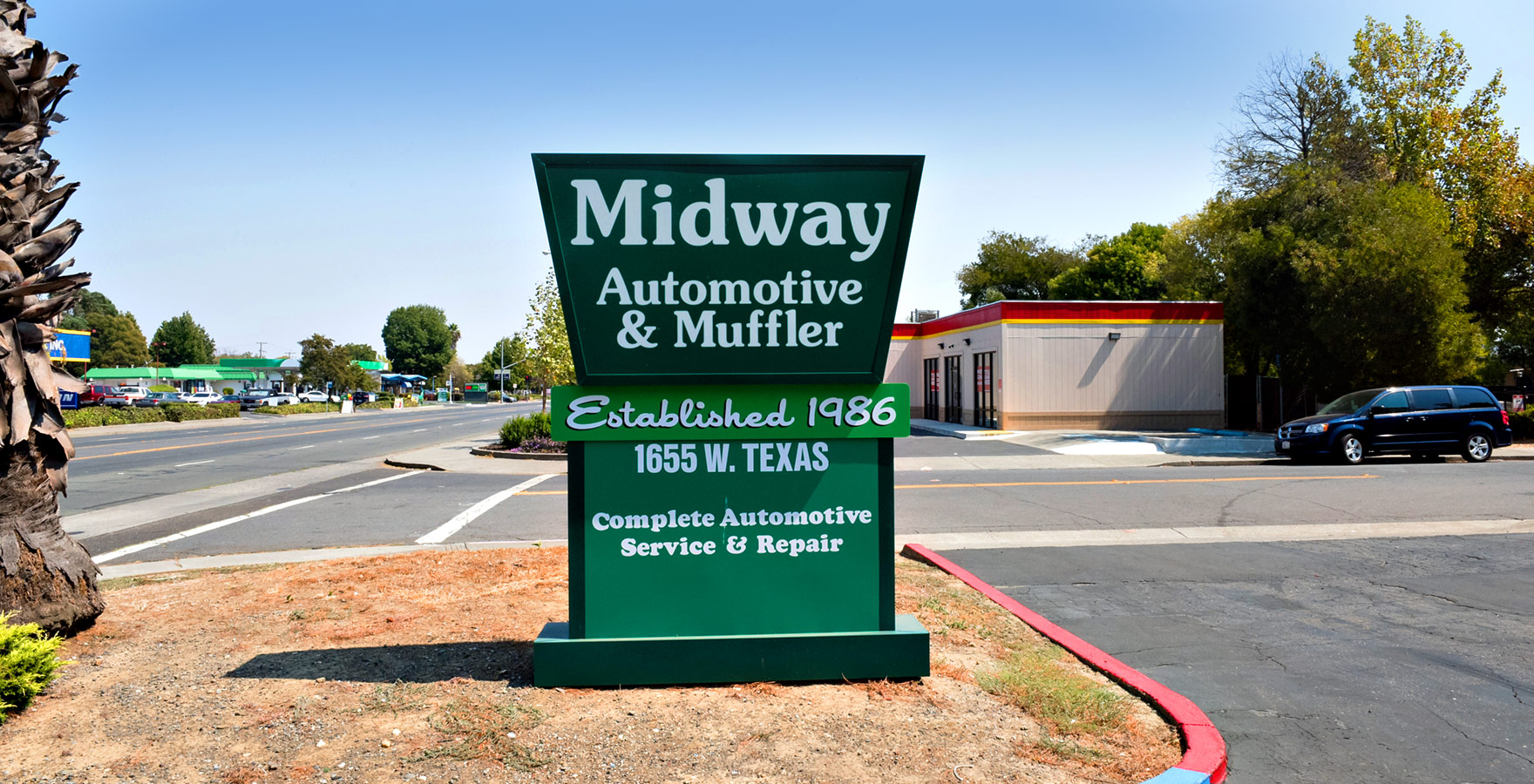 midway auto sign