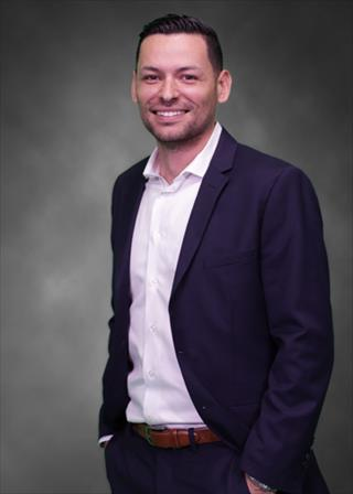Elias Dominguez