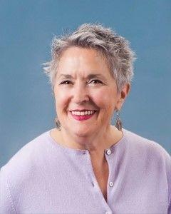 Carol  Crestelo