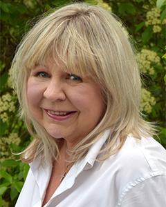 Ellen J Boldis