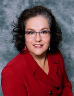 Elsa  Araujo-Farias