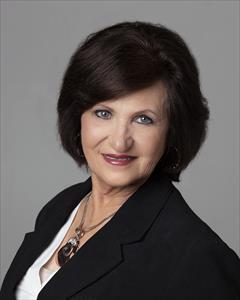 Suzanne Wiens
