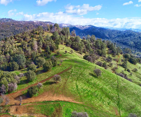 Mariposa CA community and area information