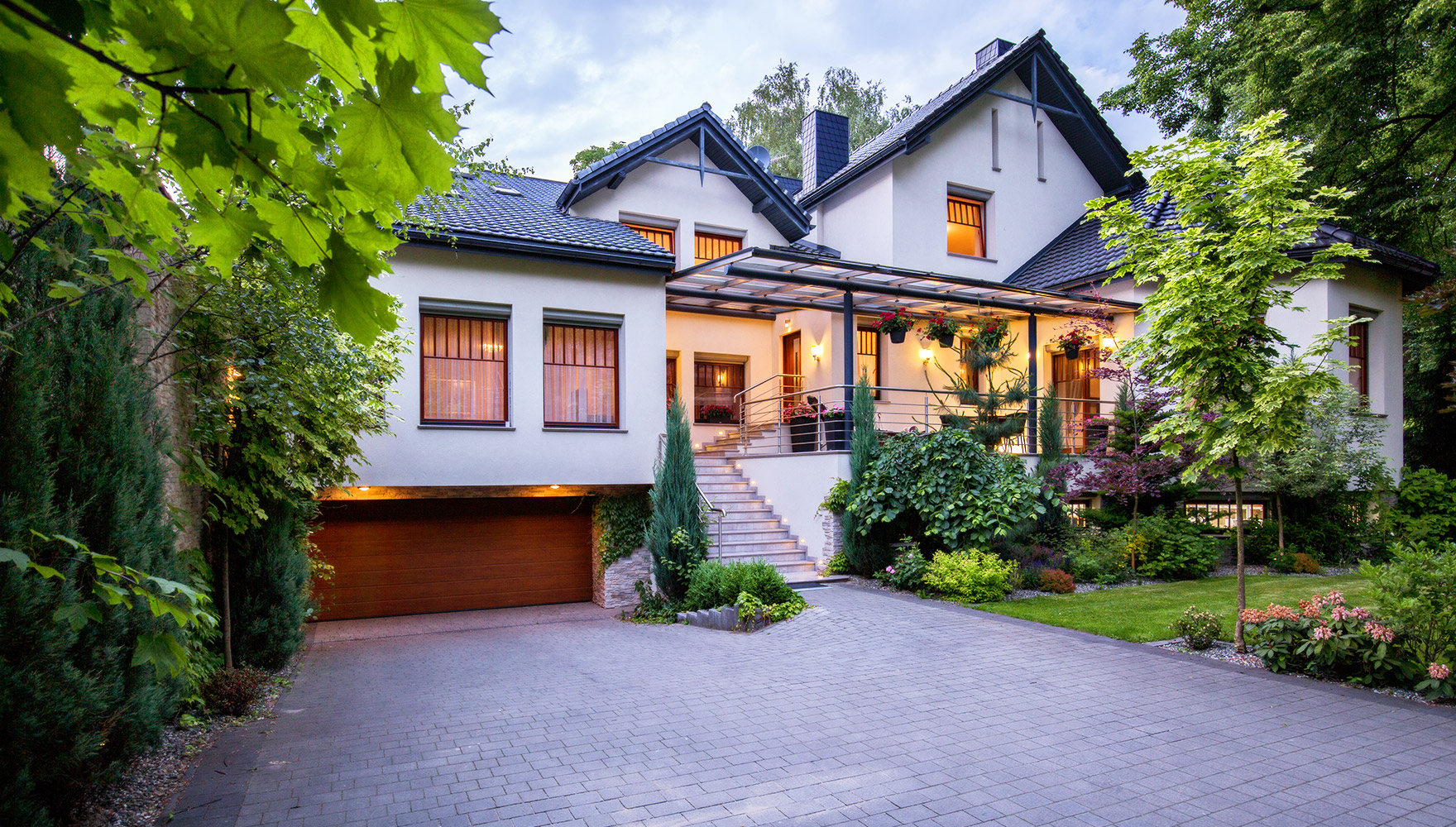 real estate home exterior